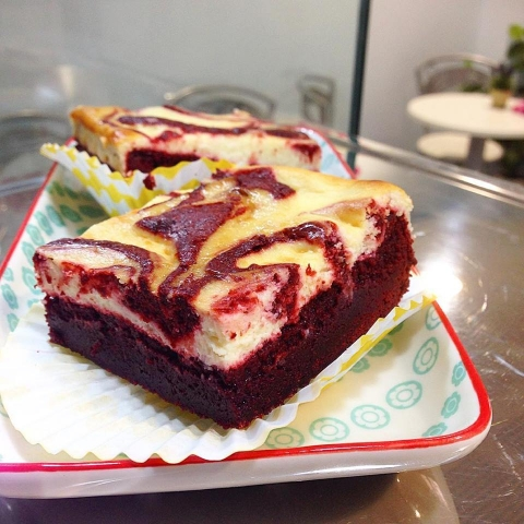 Brownie red velvet
